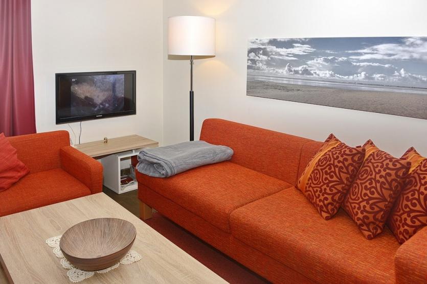 ferienwohnung direkt am deich. Black Bedroom Furniture Sets. Home Design Ideas